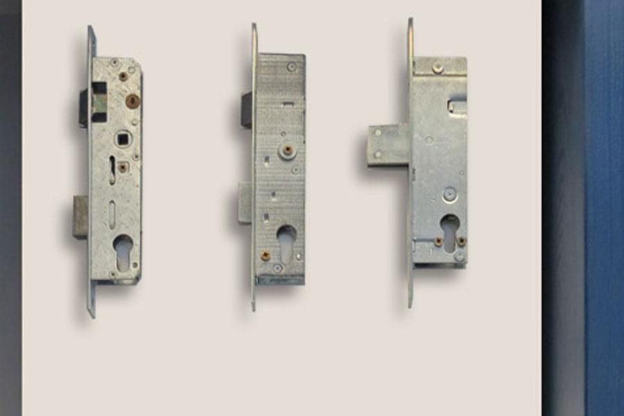 schlösser-1.3-900x600